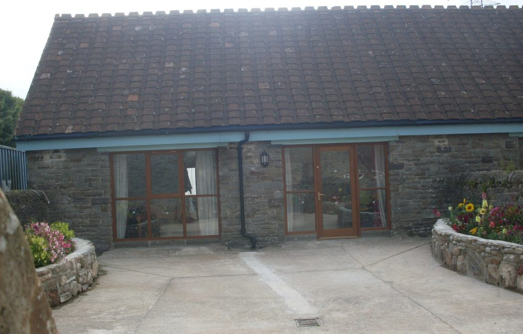 Tyn Cellar self catering Cottage sleeps 4 in Margam